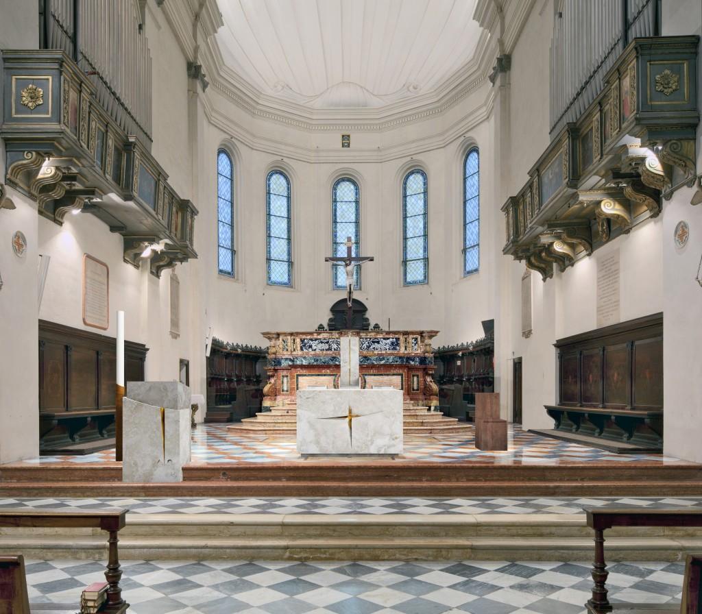 Fig. 14 – Il presbiterio della Cattedrale di Faenza (G. Gualdrini, 2014)