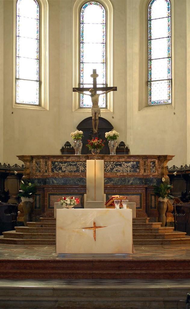 Il presbiterio della Cattedrale di Faenza (G. Gualdrini, 2014)