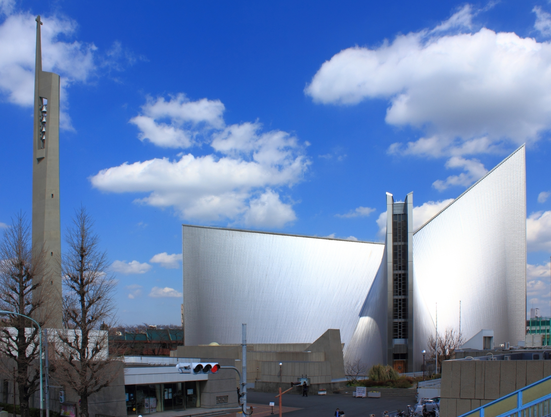 1-kenzo-tange-st-_marys_cathedral_tokyo_2012-kenzo-tange-fileminimizer