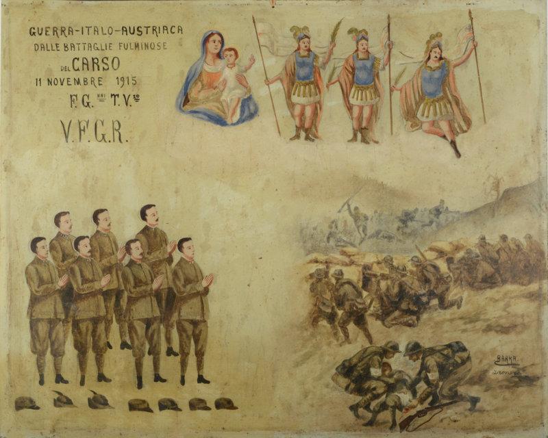 """Italia Settentrionale 1915 Olio su Lamiera cm. 55x44  """"Guerra - Italo - Austriaca dalle battaglie fulminose del Carso 11 Novembre 1915 F.G.nni T.V.zo V.F.G.R."""" Sette soldati ringraziano la Madonna e San Pancrazio, non si sa se siano fratelli, parenti o solo amici.  Le uniformi sono le grigio-verdi modello 1909 per le truppe a piedi. Due di loro portano le mostrine dei reparti mitraglieri""""St. Etienne"""", due quelle degli Alpini (come altresì indicato dai caratteristici cappelli introdotti nel 1910 posizionati in basso in segno di rispetto) e gli altri quelle della Fanteria. Sul lato destro, come in un brutto sogno, un'immagine cruenta della battaglia. I soldati Italiani cercano di fermare un attacco Austriaco con delle mitragliatrici (presumibilmente delle Fiat Ravelli mod.1914). In primo piano due militi della sanità militare prestano le prime cure ad un ferito accanto al quale giace un fucile Mannlicher-Carcano modello 1891, il famoso """"Modello '91"""" utilizzato dal Regio Esercito in entrambi i conflitti mondiali. Tutti i soldati hanno l'equipaggiamento standard della Fanteria ed indossano l'elmo mod. 1915 """"Adrian"""" da poco distribuito alle truppe Italiane."""