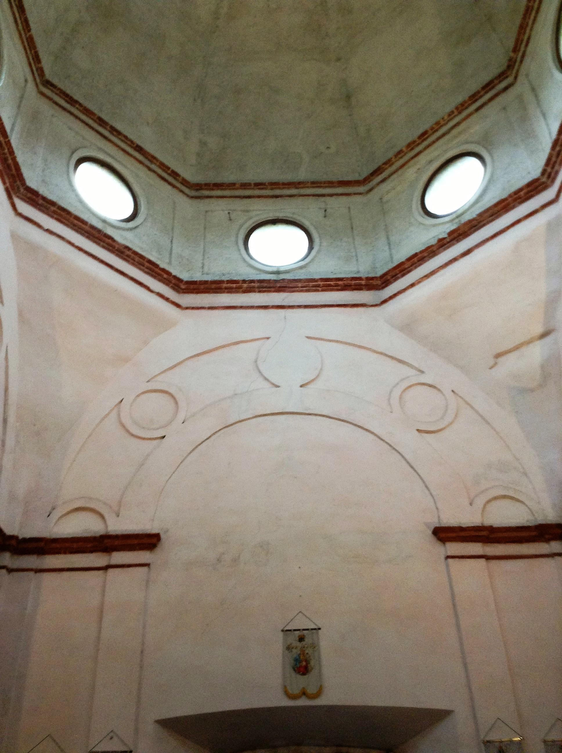 S. Biagio in Rosate, particolare interno del tiburio.